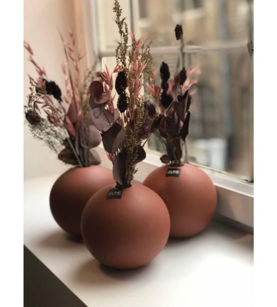 Terracotta bolle pot met droogboeket